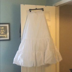 Wedding gown petticoat/slip